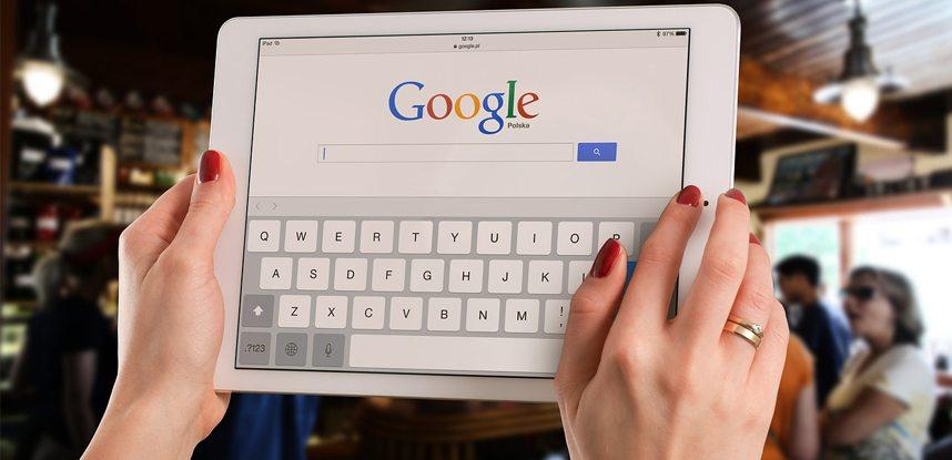 Publicidade pirata é a nova epidemia na internet, diz Google